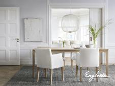 litet köksbord med iläggsskiva